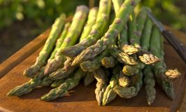 Bury Lane Farm Shop- Beautiful Local Asparagus